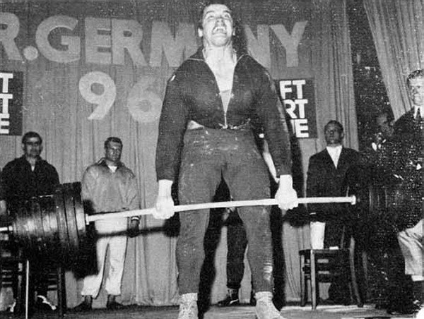 arnold-powerlifting