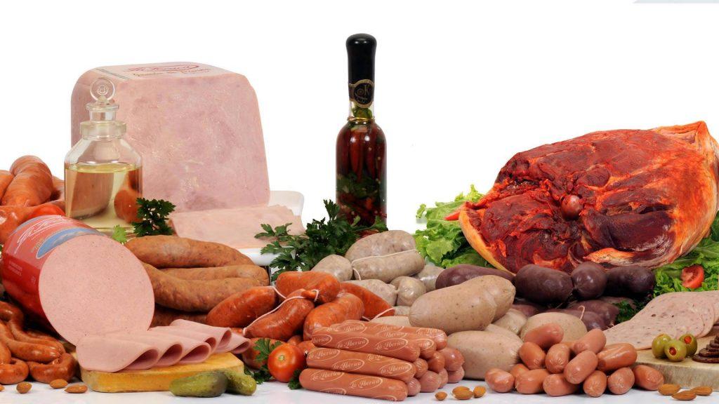 embutidos alimentos ricos en colesterol