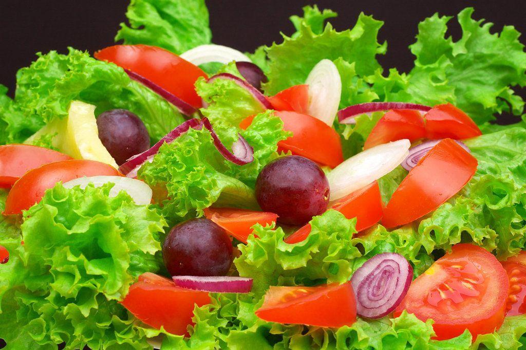 3 ensaladas bajas en calor as para bajar de peso la gu a - Ensaladas con pocas calorias ...