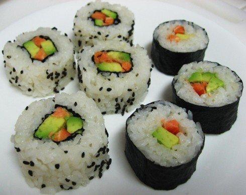 Como hacer sushi la guia de las vitaminas for Como hacer arroz para sushi
