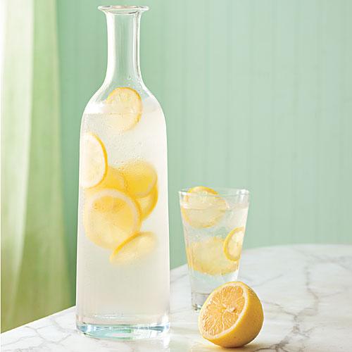 agua-de-limon-con-pimiento-negro