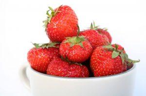 postre rápido fresas