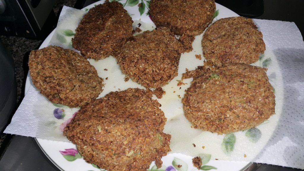 frituras-de-brocoli-remojandose