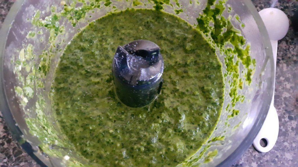 salsa-de-cilantro-un-poco-espesa