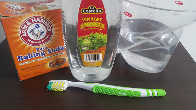como limpiar tu lavadora naturalmente para quitarle el mal